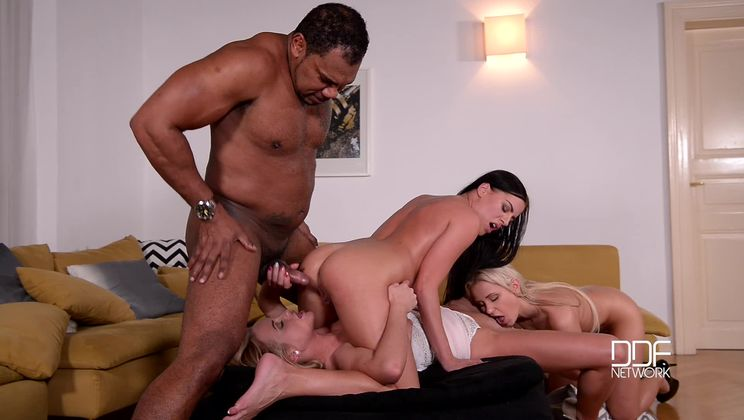 One Non Blonde - 3 Stunning Lesbians Share Long Black Cock