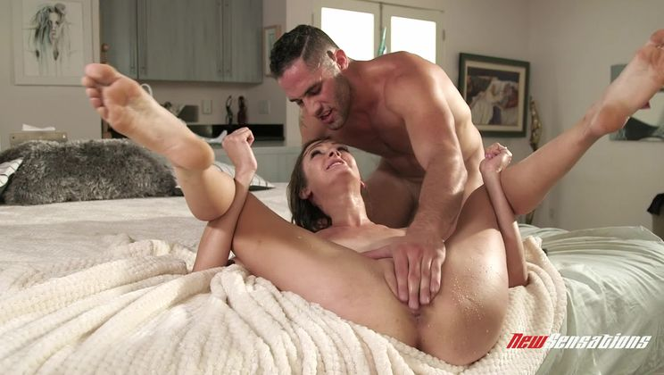 Hotwife Andi Learns To Serve And Squirt